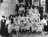 Erin Presbyterian Church group, 1910.